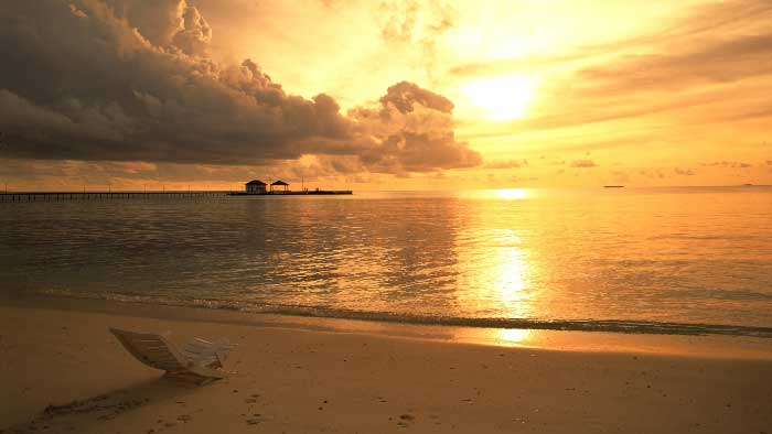 Risultati immagini per immagini sole luminoso di prima mattina